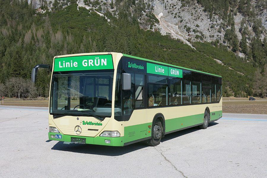 Schul- und Linienbus 103 Pers.