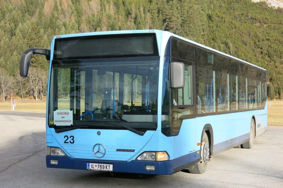 Schul- und Linienbus 97 Pers.