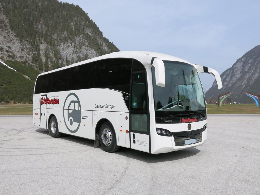 wetterstein reisen reisebus 32 sitzer 4. Black Bedroom Furniture Sets. Home Design Ideas