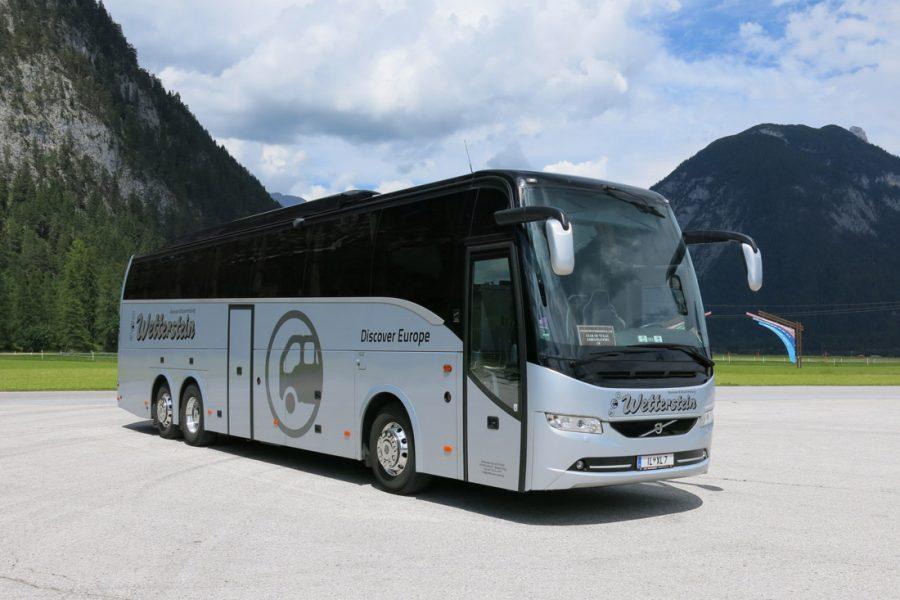 Reisebus 49-Sitzer 4****