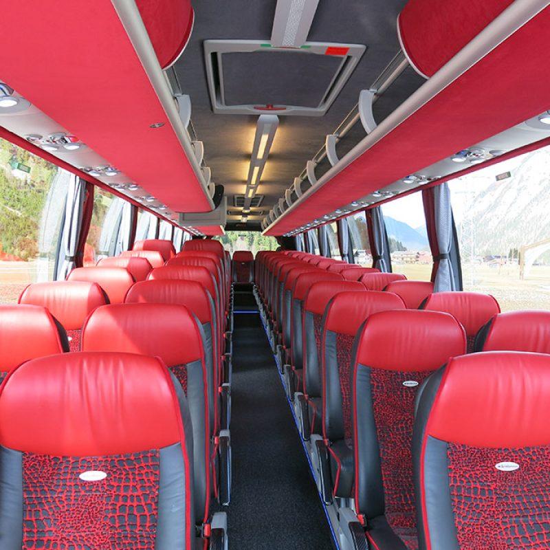 IL-394LE Luxusbus mieten